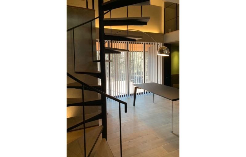 軽井沢の家階段